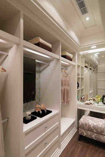 卧室隔断衣橱如何设计 卧室隔断衣柜效果图大全