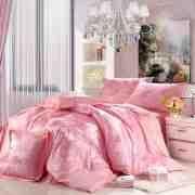 卧室床上用品装修效果图 尽享浪漫夜晚时光